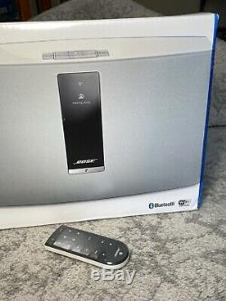 BOSE NEW SoundTouch 30 Wireless Music System WHITE + BOSE Remote Control EXTRA