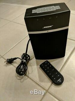 Bose SoundTouch 10 Wireless Music System Black Speaker with Remote and Cord