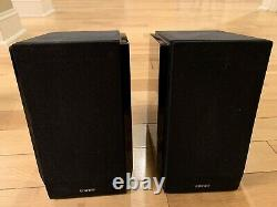 Edifier R1850DB Active 2.0 Bluetooth Bookshelf Speakers with Wireless Remote