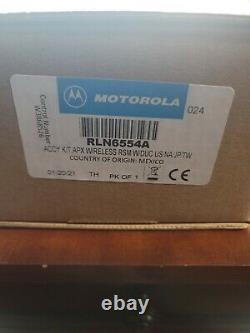 Motorola APX, BlueTooth Wireless Remote Speaker Mic RLN6554A, dual charger, clip