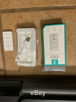 Sonos Playbar Wirelesss Soundbar With Remote Control In Excellent Condition